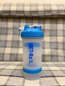 Berrd Shake Bottle 500ML Gym Fitness Shake Sports Nautiques Bouteille Bouteille d'eau Potable Shake Sports whey Protein Outdoor – 0.5L, Blue